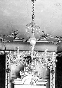 Zofia Maciakowska - Einweihung eines rekonstruierten englischen Kronleuchters